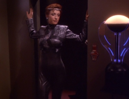 ds9 crossover 4
